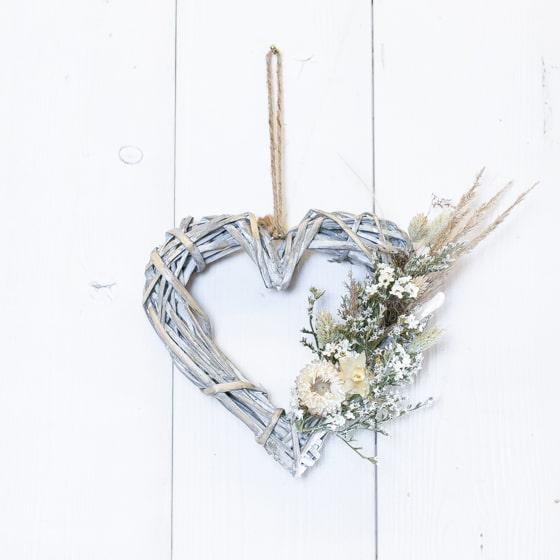 Dry_Flowers_Herz_Rattan_weiss_Hochzeit (1)