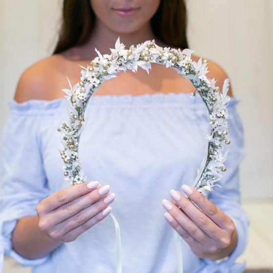 Dry_Flowers_Isabella_Haarkranz_Weiss_Gold_Flowercrown_Medium (6)