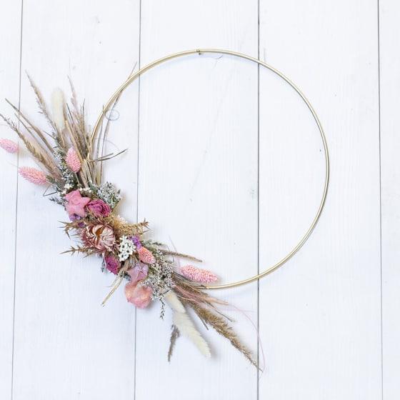 Dry_Flowers_Loop_Gold_Ring_Rosa_Wandschmuck_TÅrkranz (1)