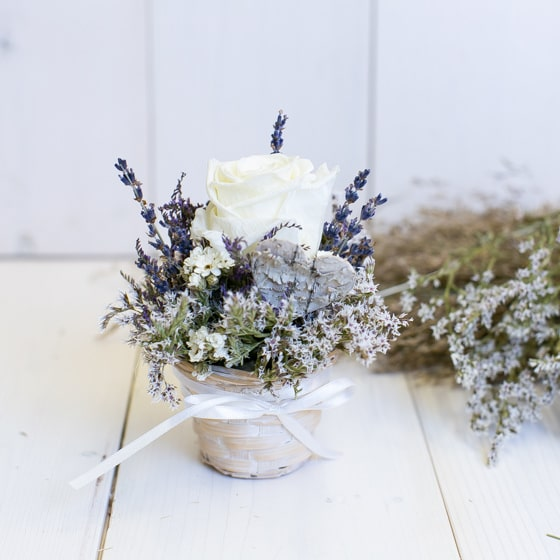 Dry_Flowers_Gesteck_Rosen_Haltbar_stabilisiert (4)