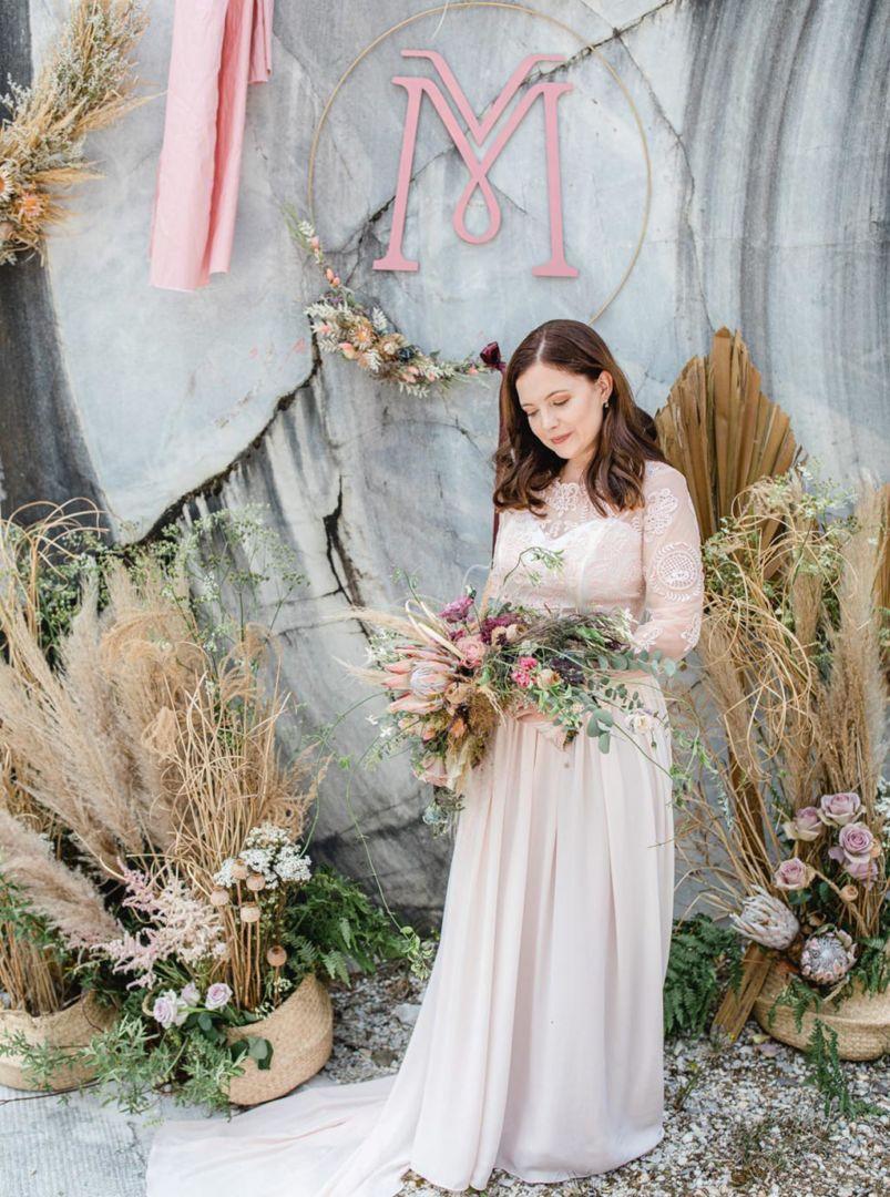 Wedding_Globe_Steinbruch-braut-brautstrauss